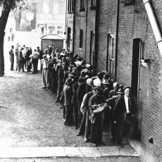 Lineup at Toronto soup kitchen, 1934.